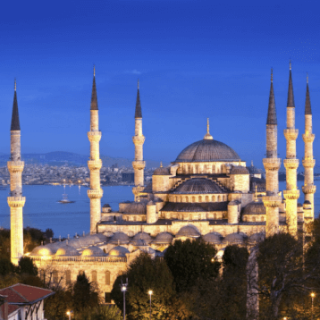 Layover Istanbul- The majestic Blue Mosque