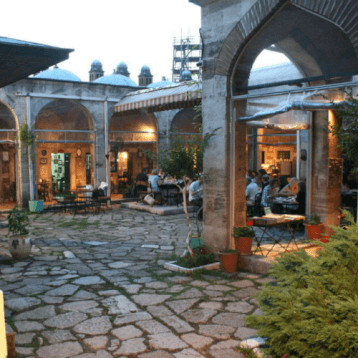 Layover Istanbul: Caferağa Medresesi