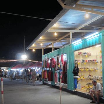 Blog-WOC-Layover-tips-Phuket-night-market-2