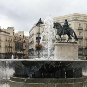 Puerta del Sol: Center of the Capital