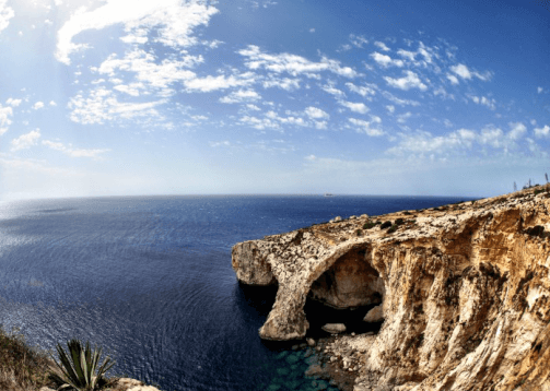 WOC Layover Tips- Malta - Blue Grotto