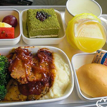 hardest-things-about-being-a-flight-attendant-staying-healthy
